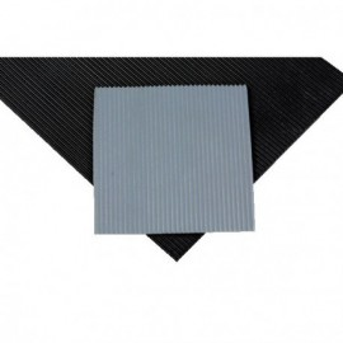 Tapis caoutchouc strié larg. 1.20 m ép. 3 mm